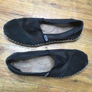 Toms Black Slip On Shoes Sz 8.5